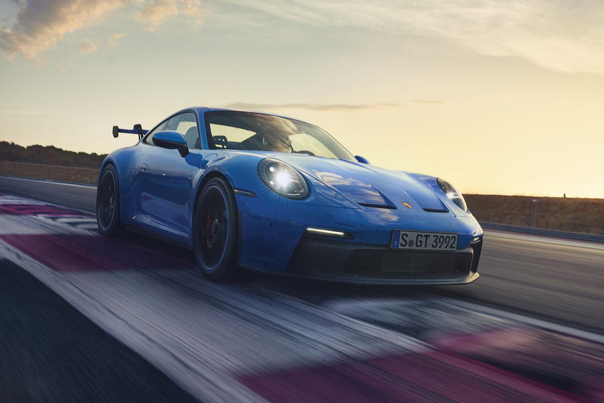 Porsche 911 GT3 2022, motor de 502 hp y transmisión manual