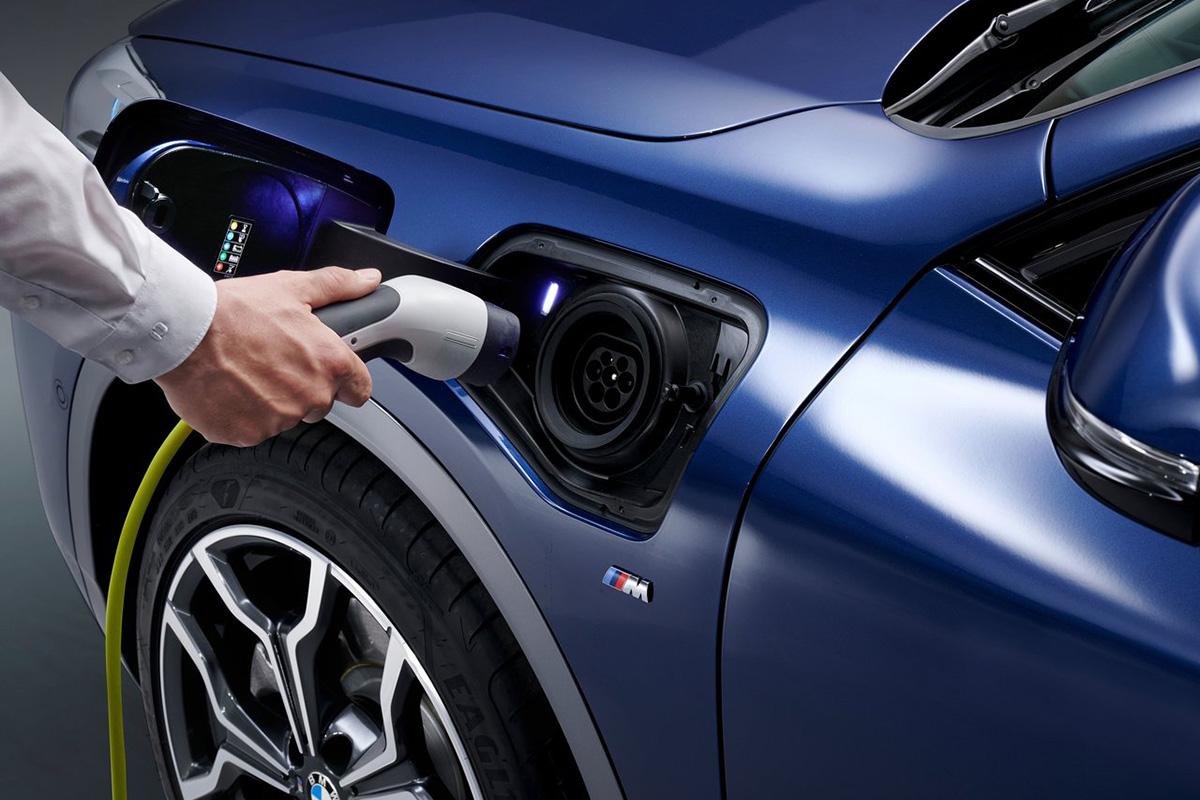 Pódcast 31: Estaciones de carga para vehículos eléctricos